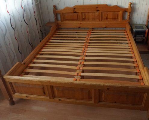 Стара спалня от чам