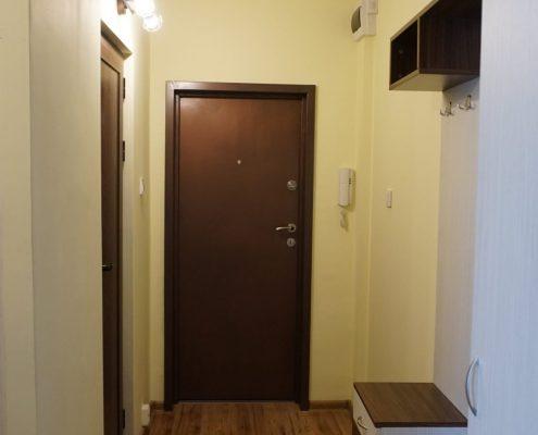 Портманто_изглед към входна врата