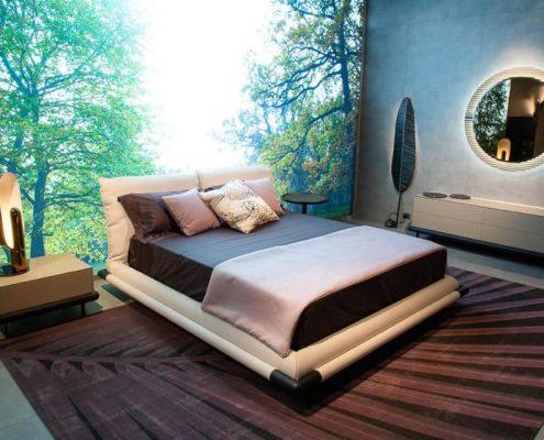 Легло, Salone del Mobile, Smania